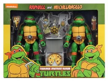NECA Teenage Mutant Ninja Turtles Cartoon Series 2 Raphael and Michelangelo Figure 2 Pack